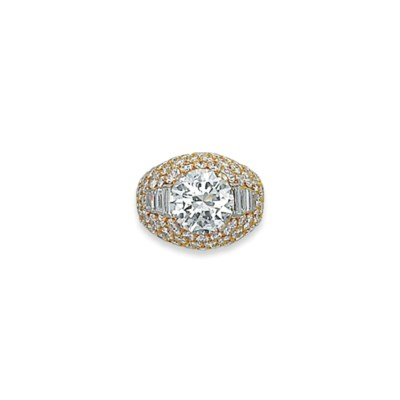 A DIAMOND 'TROMBINO' RING, BY