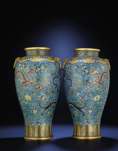 A VERY FINE PAIR OF CLOISONNE