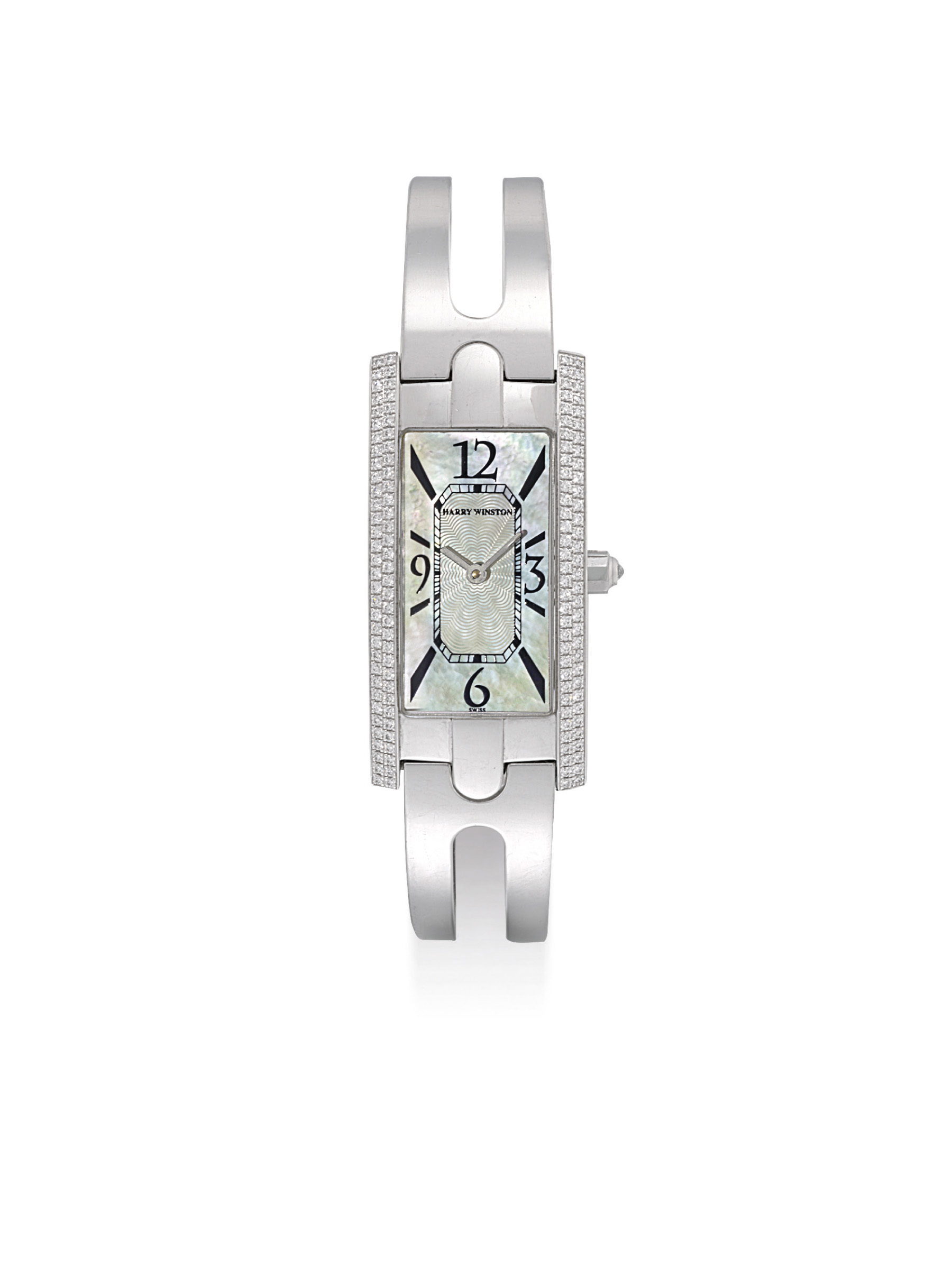 HARRY WINSTON. A LADY'S 18K WH