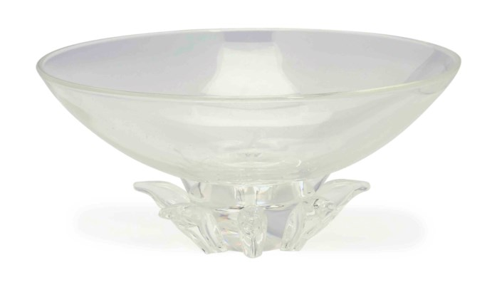 AN AMERICAN COLORLESS GLASS BO