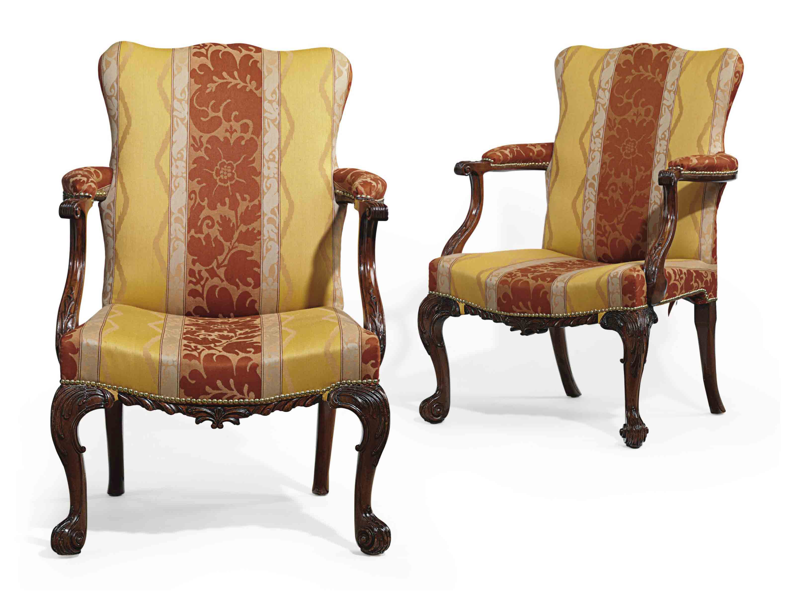 A PAIR OF GEORGE II MAHOGANY L