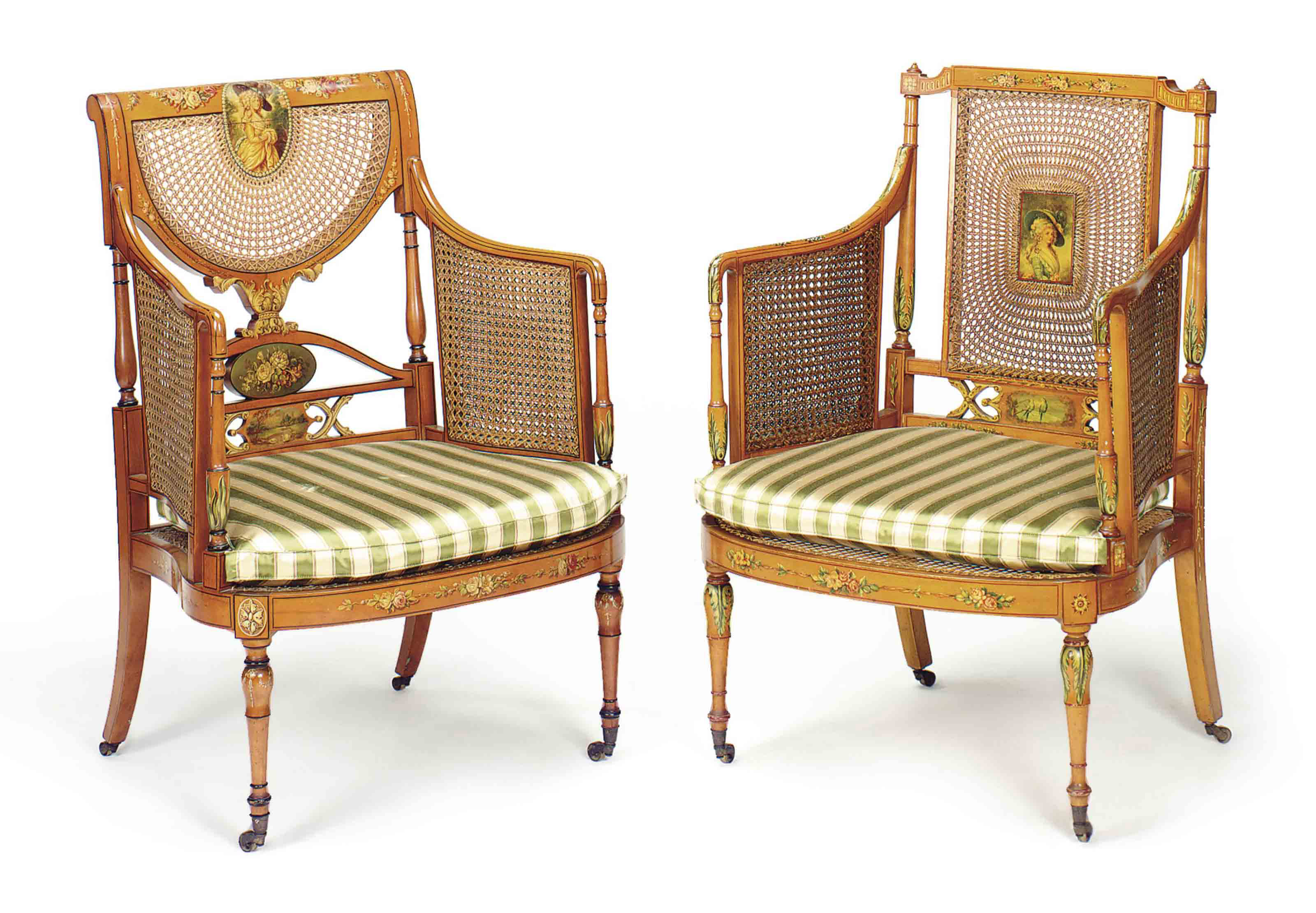 A MATCHED PAIR OF EDWARDIAN PO