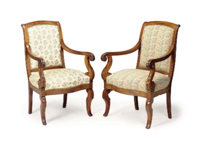 A PAIR OF LOUIS PHILIPPE WALNU