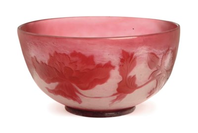 A FRENCH CAMEO GLASS BOWL,