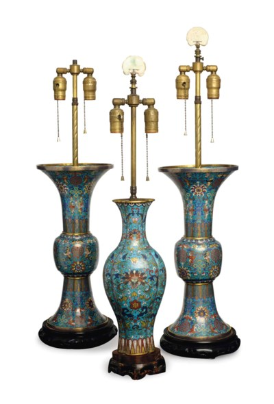 A PAIR OF CHINESE CLOISONNE 'G