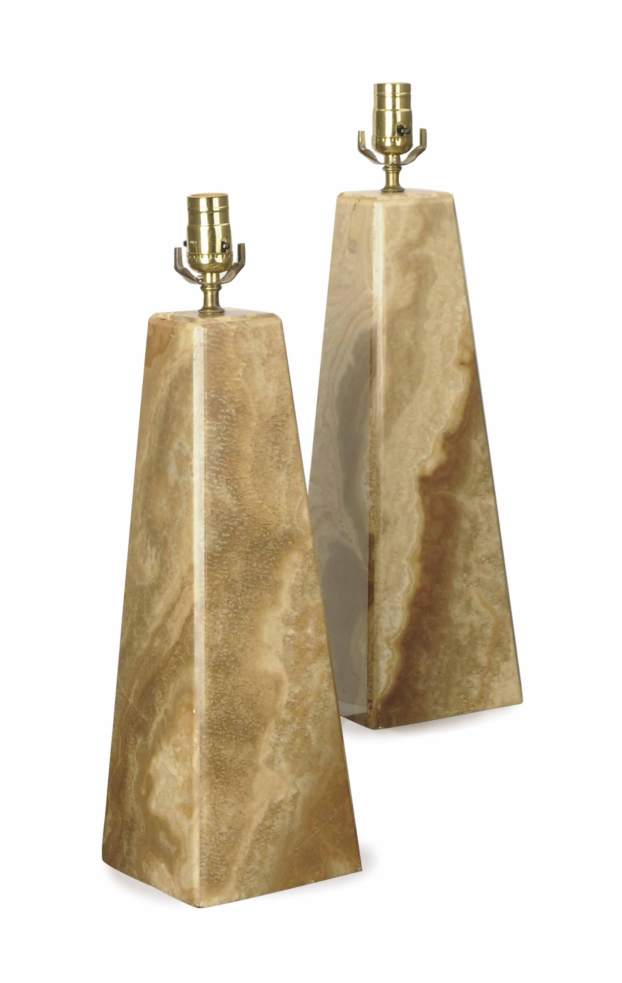 A PAIR OF ONYX PYRAMID-FORM TABLE LAMPS,