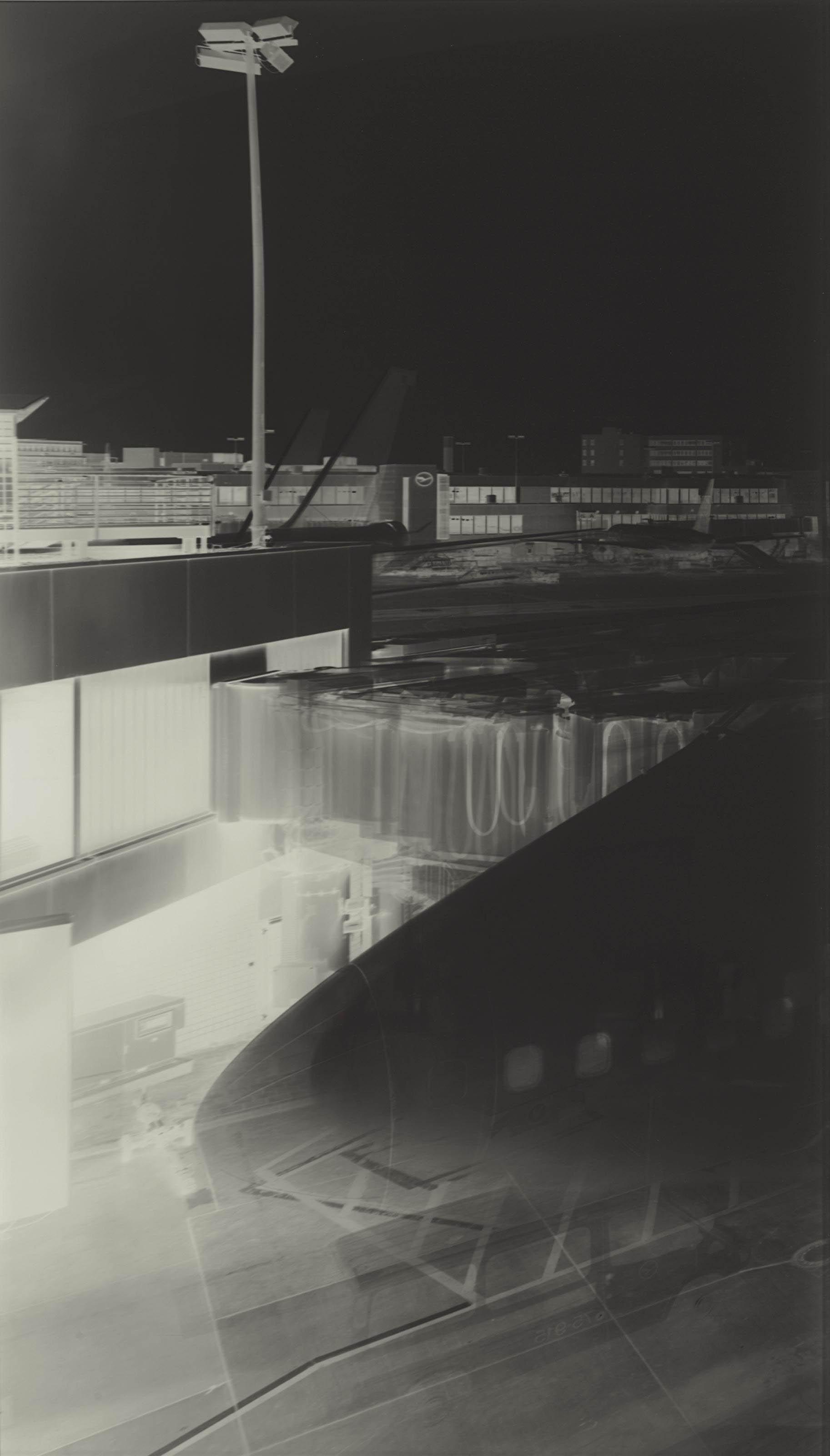 VERA LUTTER (B. 1960)