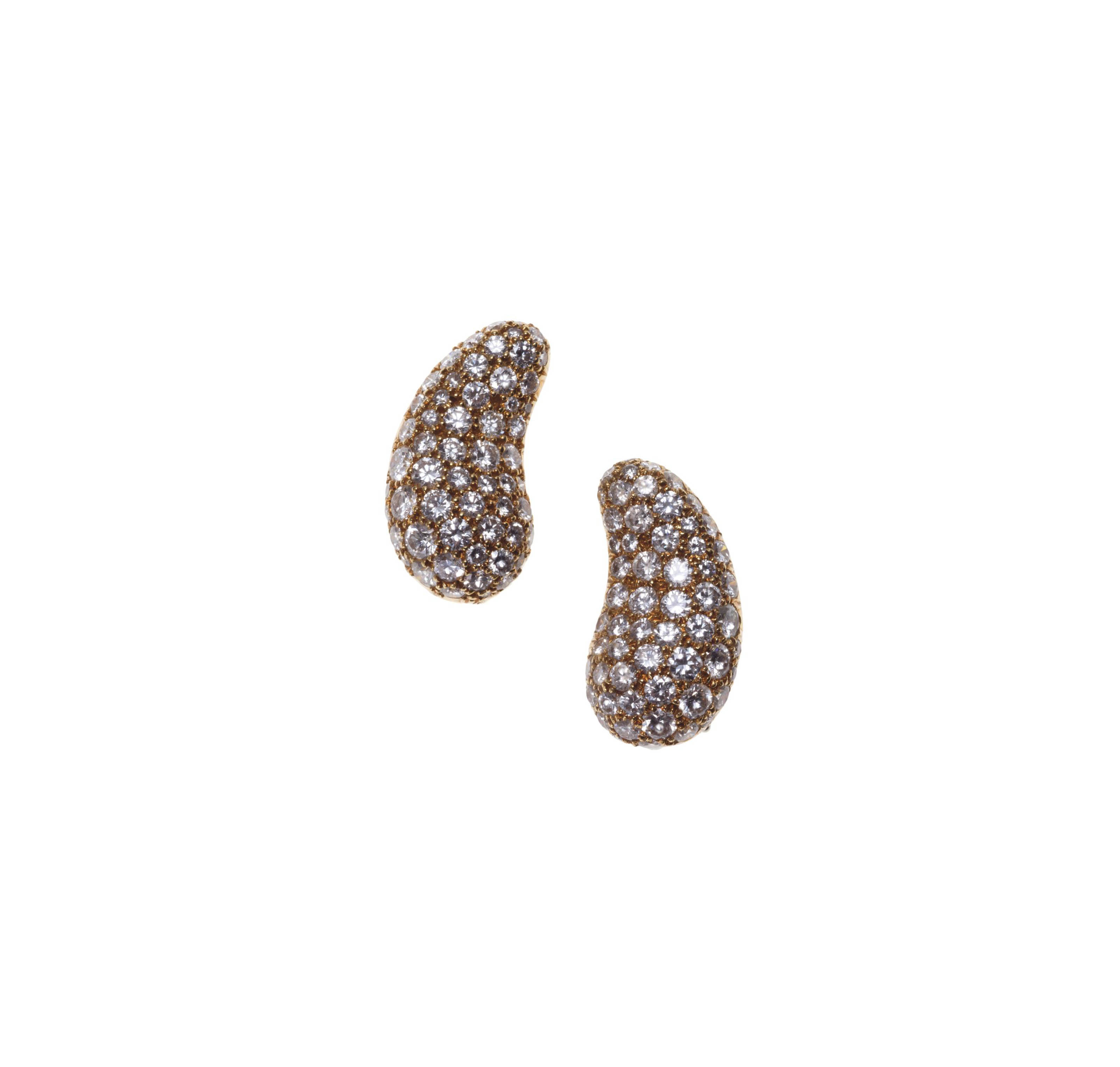 A PAIR OF DIAMOND AND GOLD EAR CLIPS, BY ELSA PERETTI, TIFFANY & CO.
