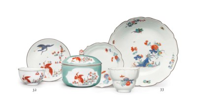 A MEISSEN PORCELAIN DISH AND A