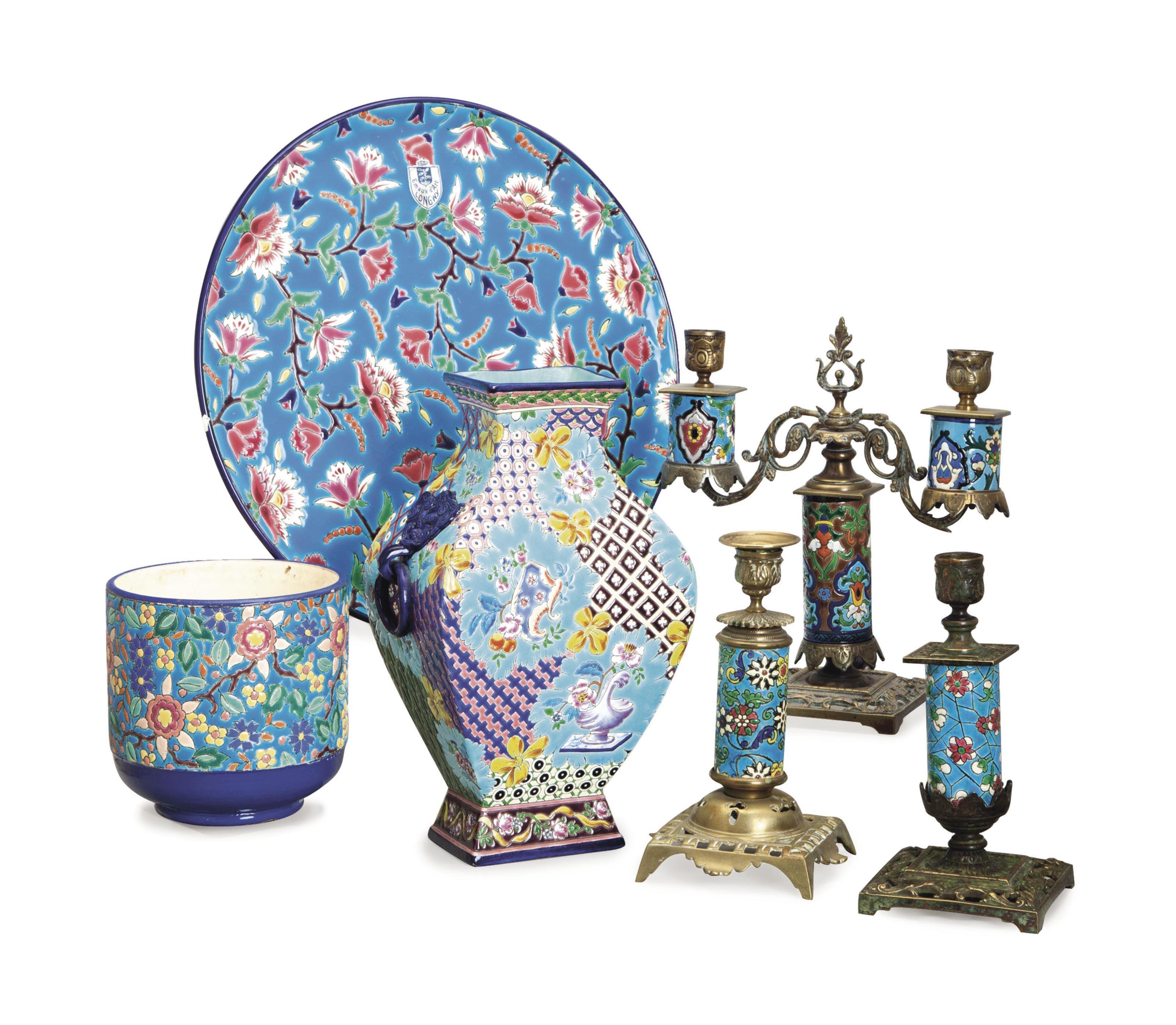 A GROUP OF FRENCH EARTHENWARE DECORATED IN THE ASIAN TASTE,