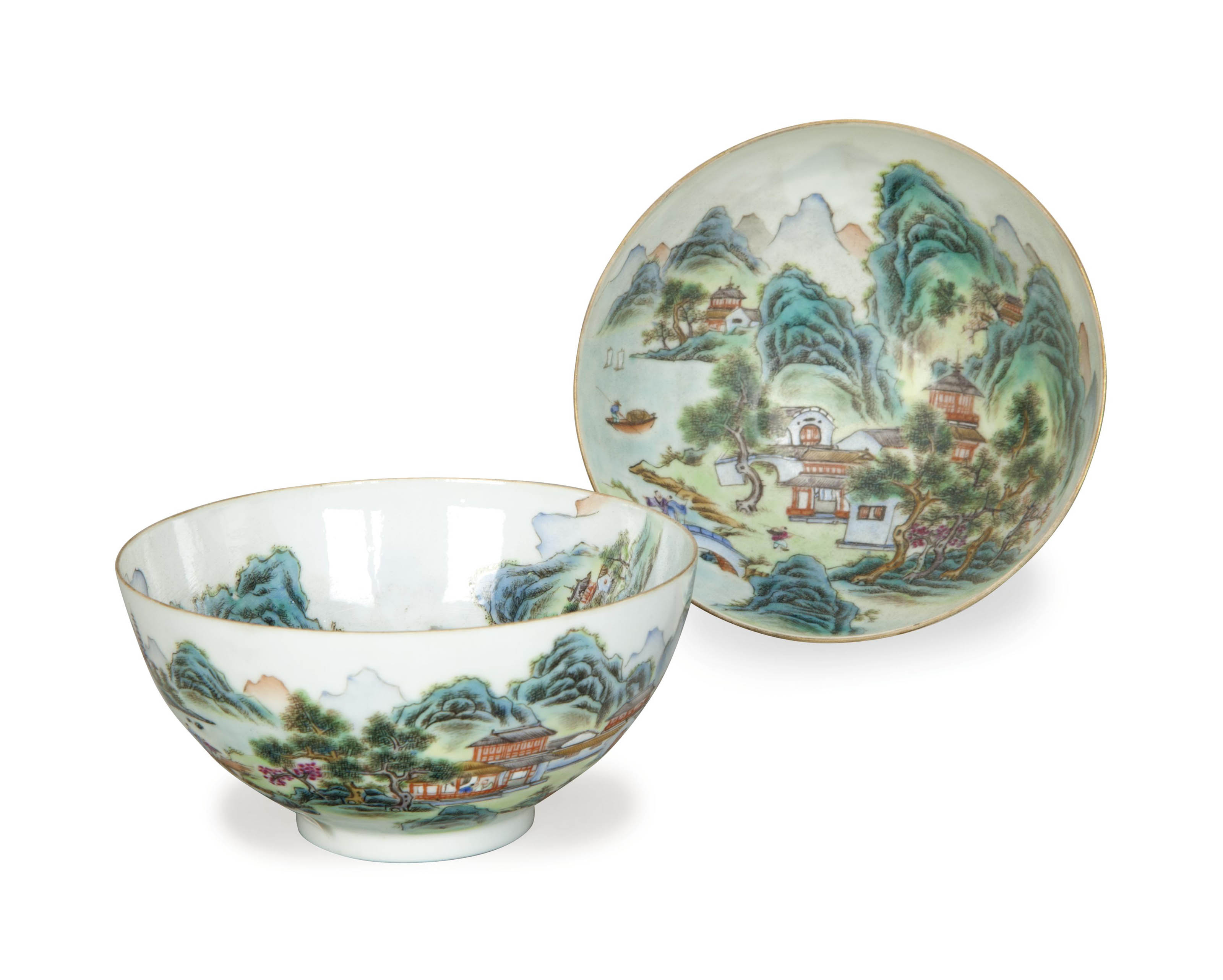 A PAIR OF CHINESE EGGSHELL PORCELAIN FAMILLE ROSE ENAMELED BOWLS