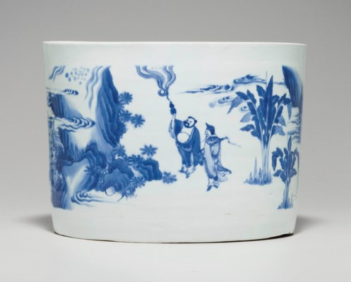 A LARGE BLUE AND WHITE BRUSH P