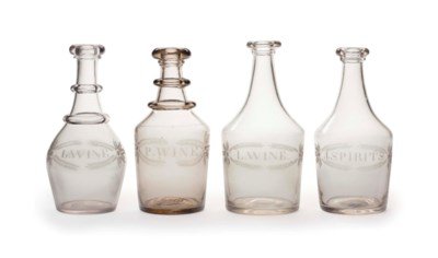 A GROUP OF FOUR BLOWN GLASS DE