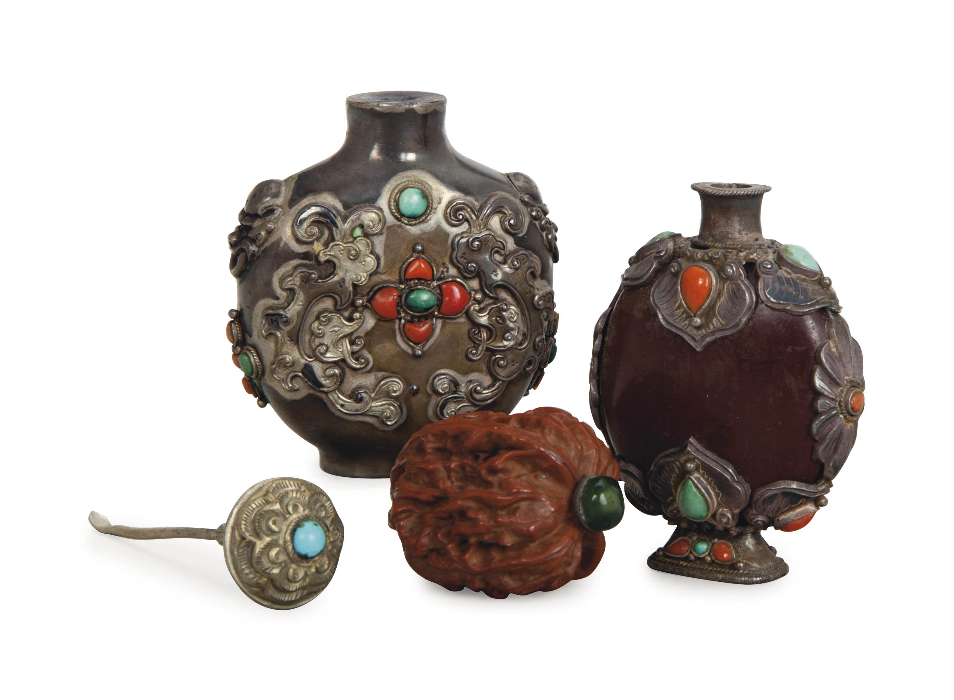 TWO CHINESE CARVED NUT SNUFF BOTTLES, AND A PEWTER SNUFF BOTTLE,