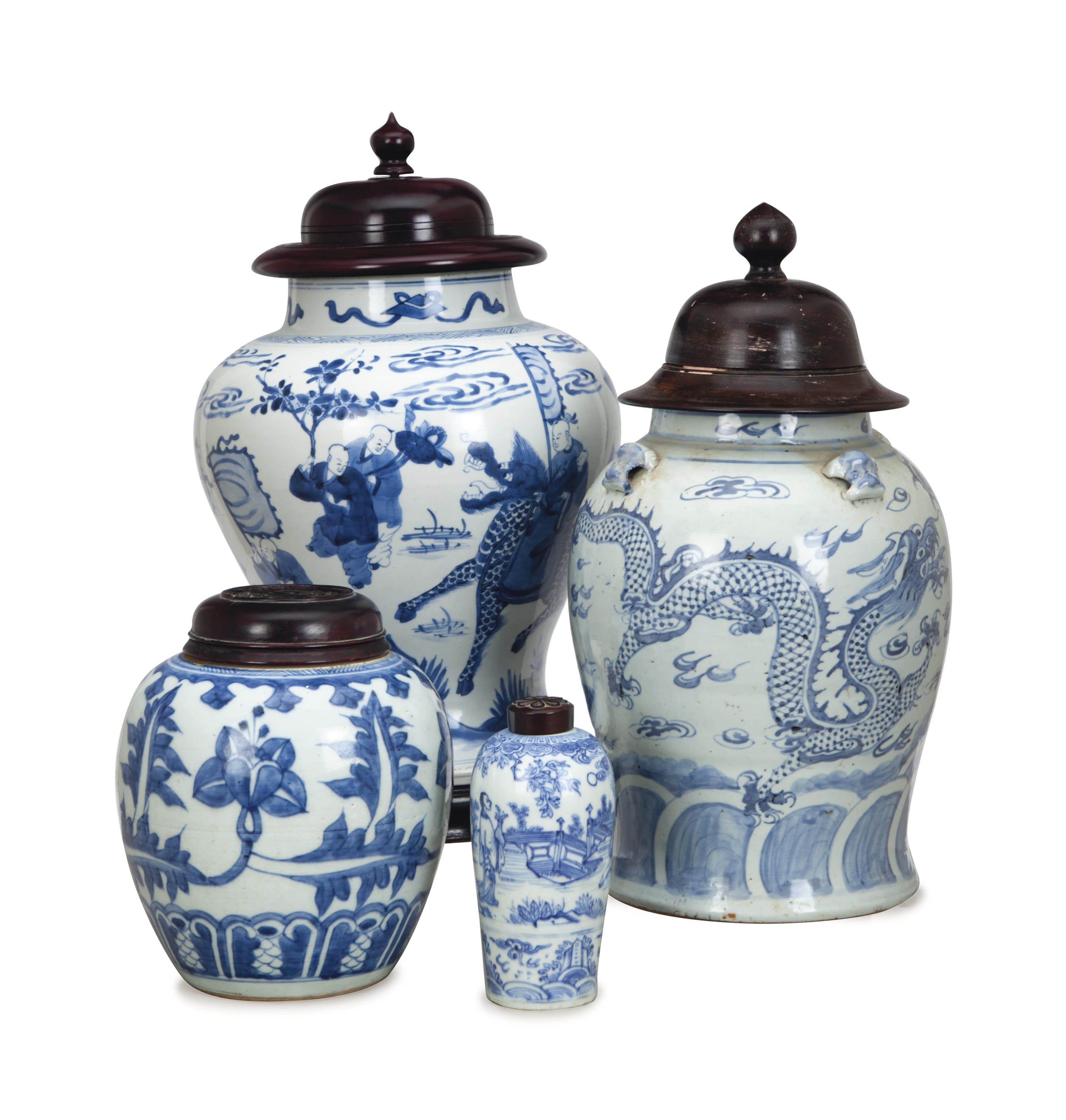 FOUR CHINESE PORCELAIN BLUE AND WHITE JARS,