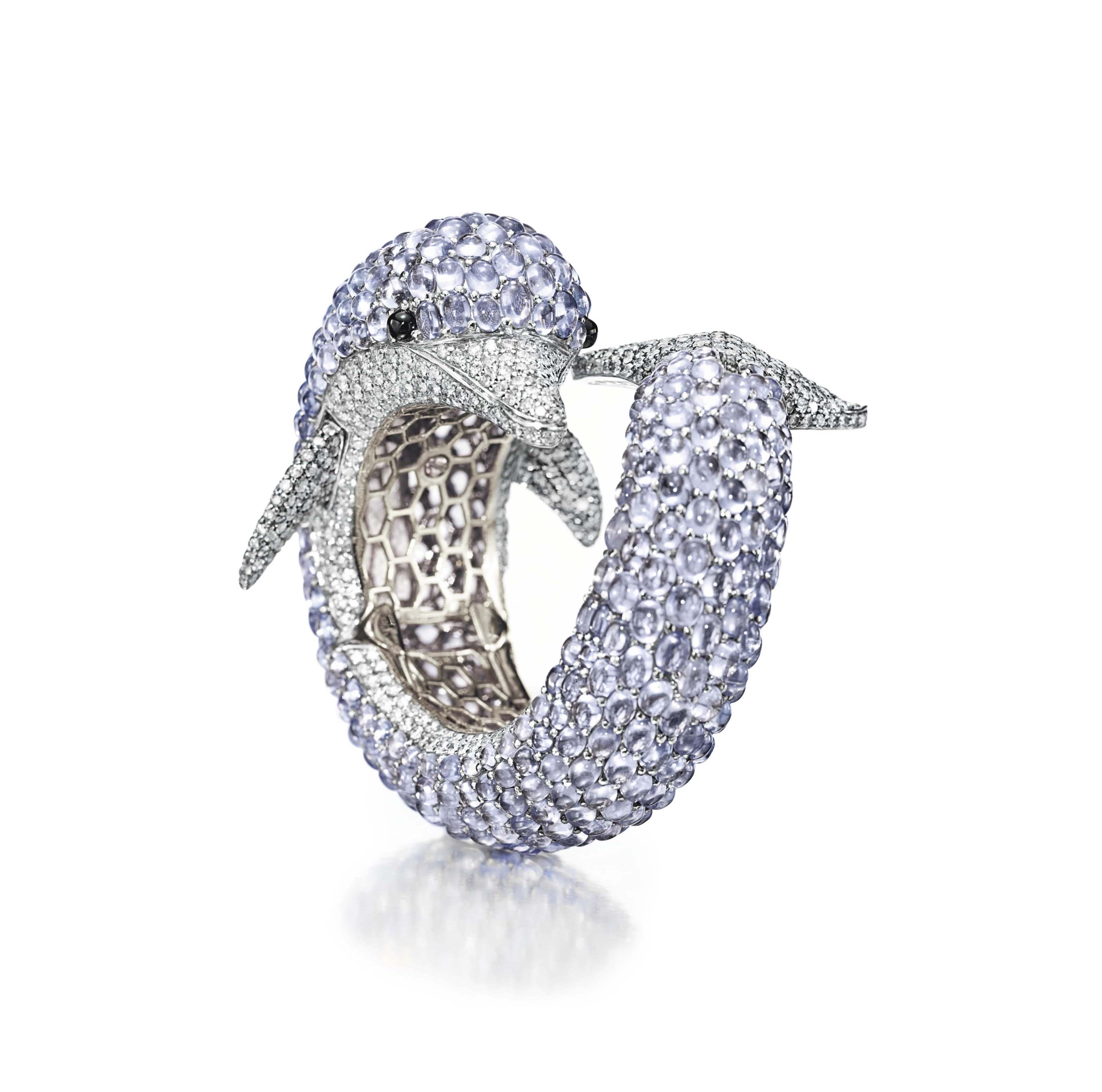 A SAPPHIRE AND DIAMOND BANGLE BRACELET, BY DE GRISOGONO