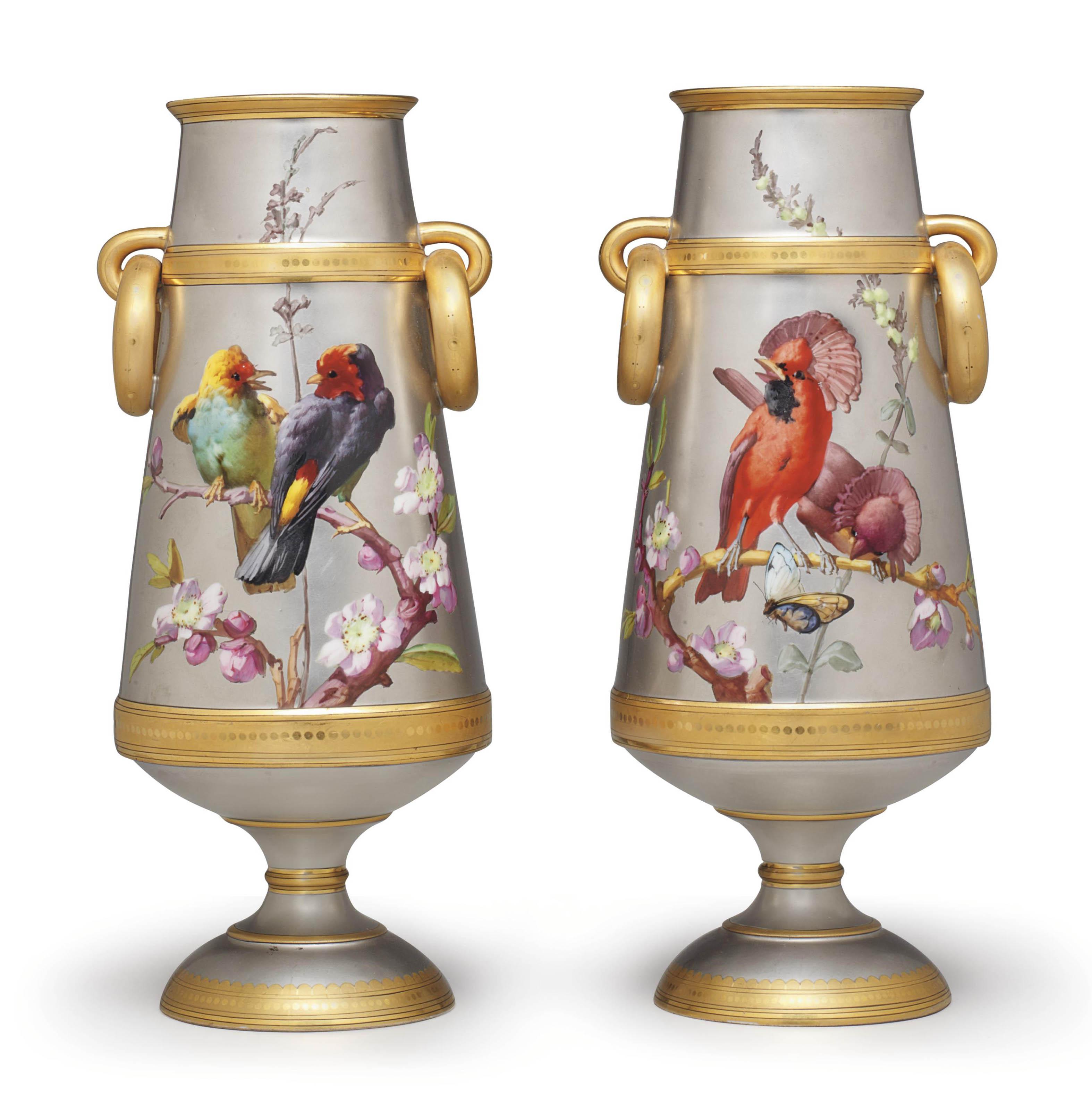 A PAIR OF PARIS EXHIBITION PLATINUM-GROUND TWO-HANDLED VASES