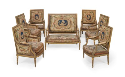 A SUITE OF FRENCH GILTWOOD SEA