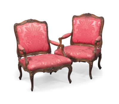 A PAIR OF LOUIS XV BEECH AND C