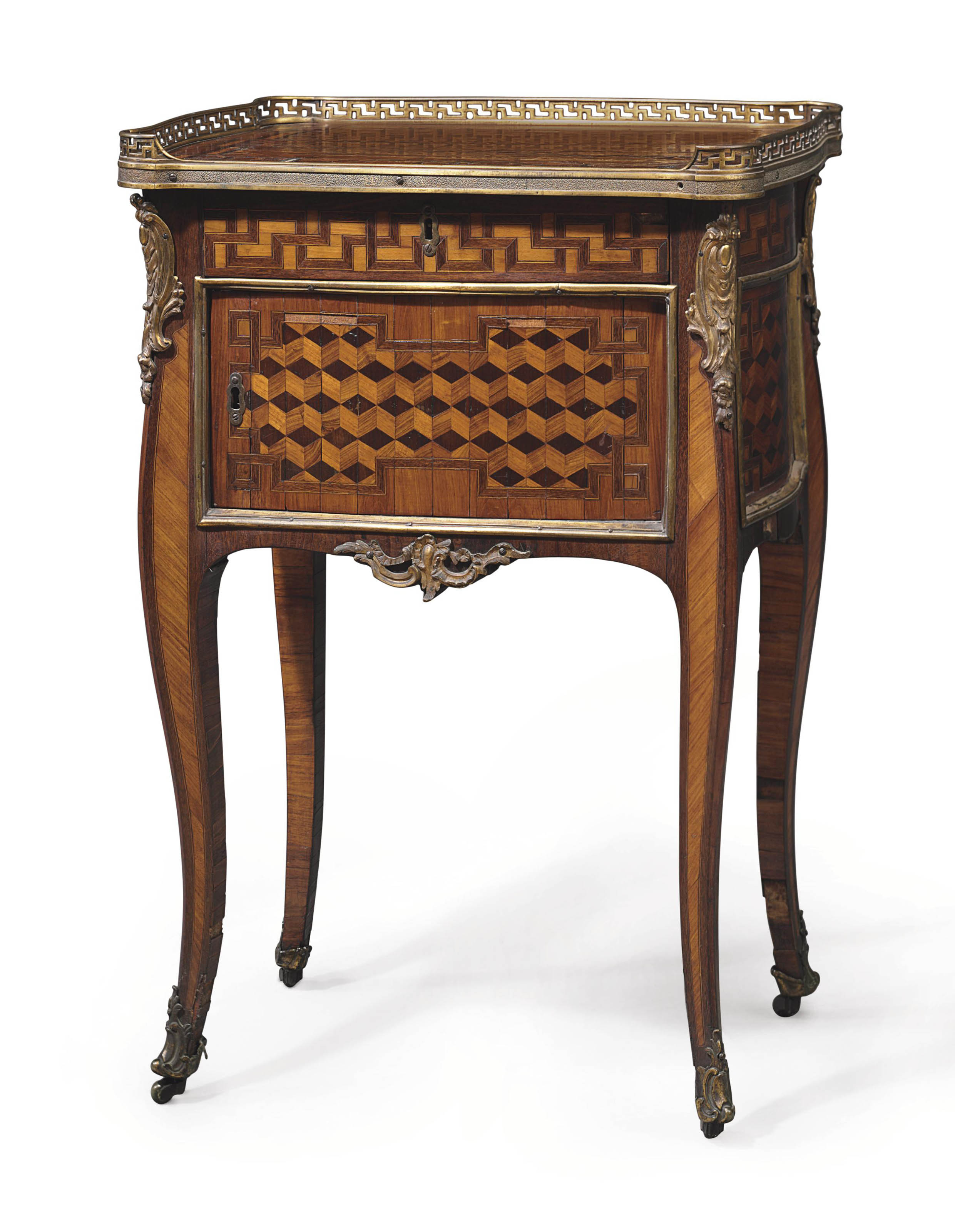 A LATE LOUIS XV AMARANTH, TULIPWOOD AND PARQUETRY OCCASIONAL TABLE