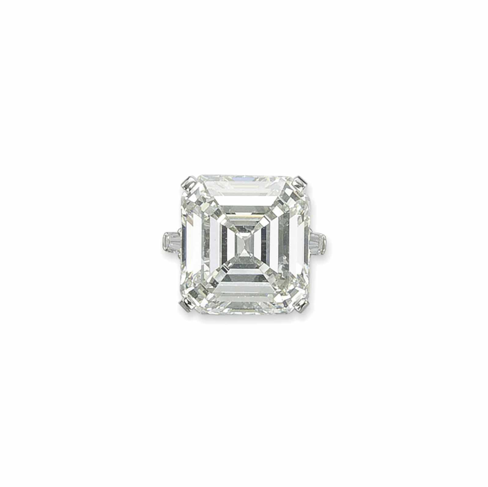 AN IMPRESSIVE DIAMOND RING, BY