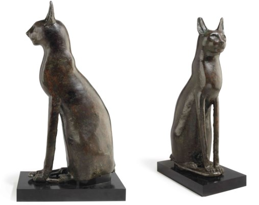 A LARGE EGYPTIAN BRONZE CAT