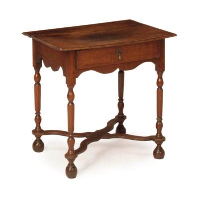 AN ENGLISH OAK SIDE TABLE,