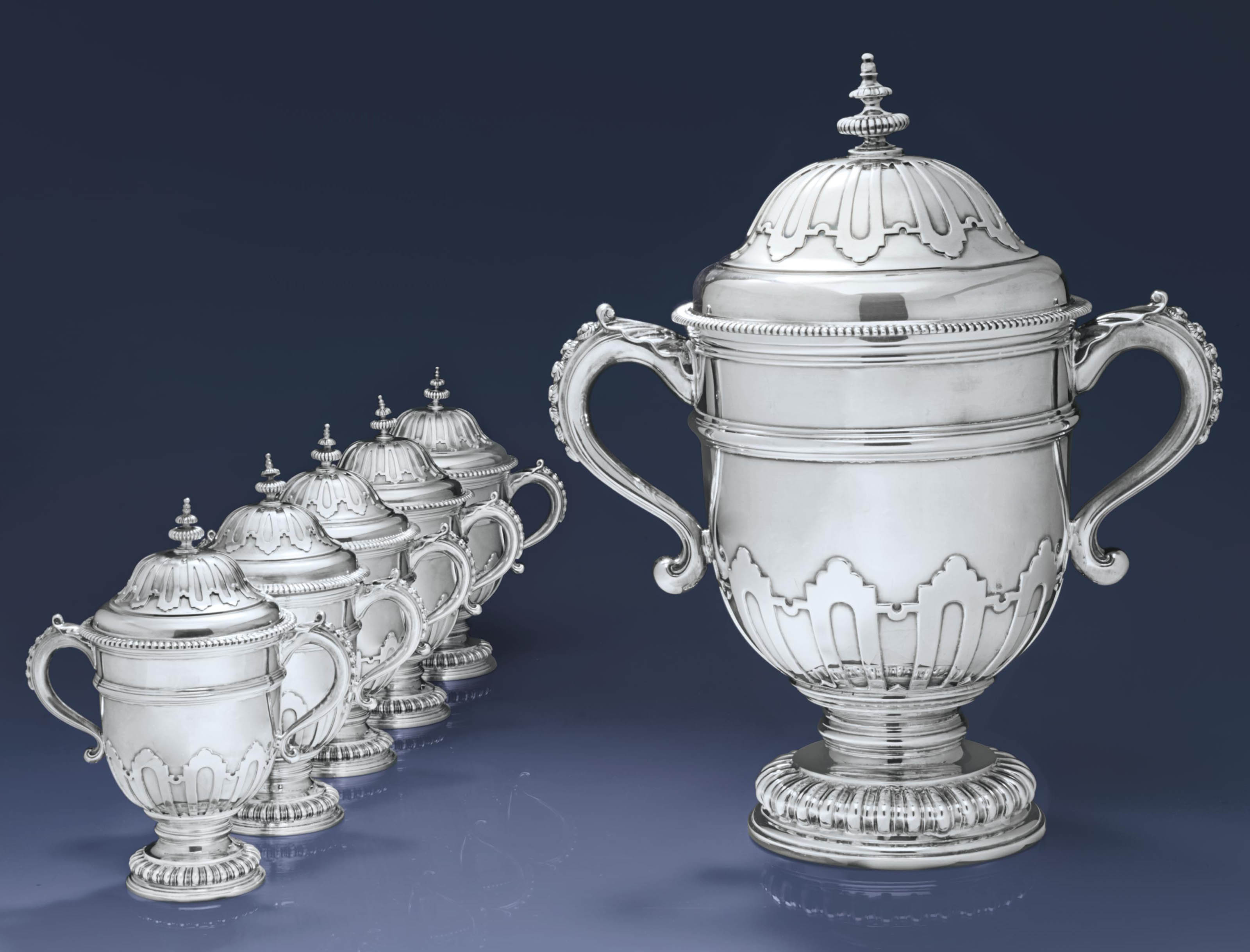 A SUITE OF SIX GEORGE V SILVER