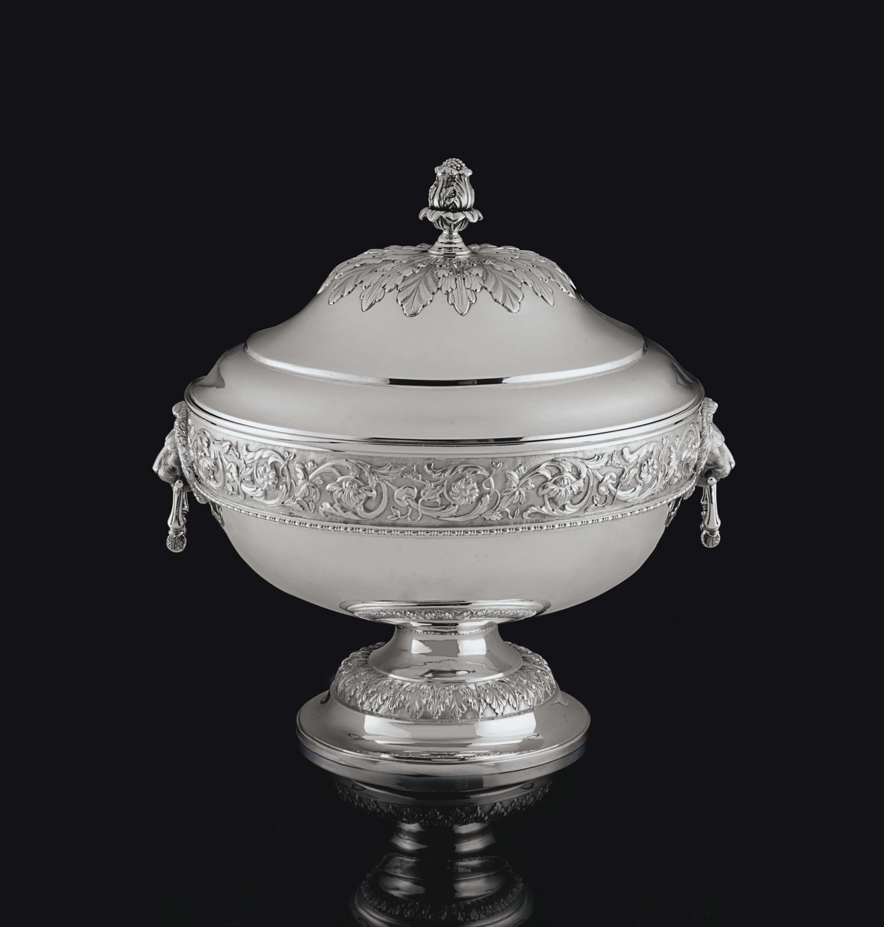 A GEORGE V IRISH SILVER PUNCH BOWL AND COVER