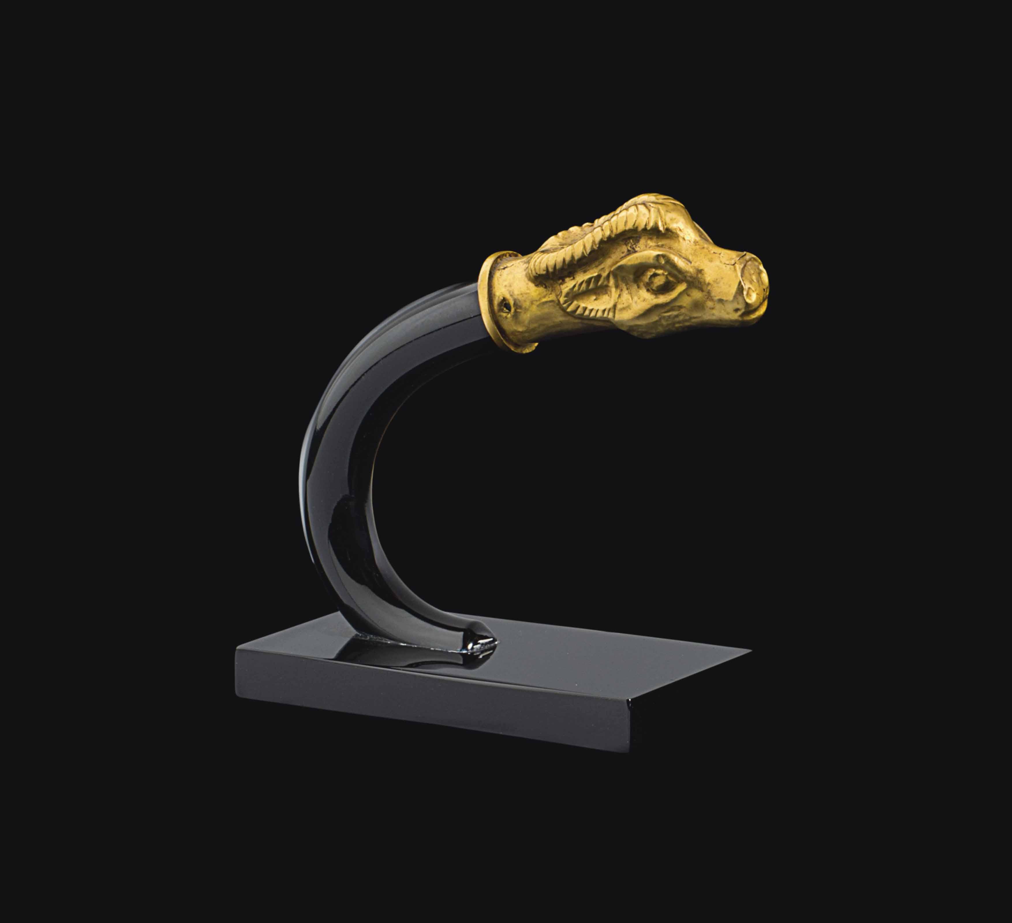 AN ACHAEMENID GOLD FINIAL
