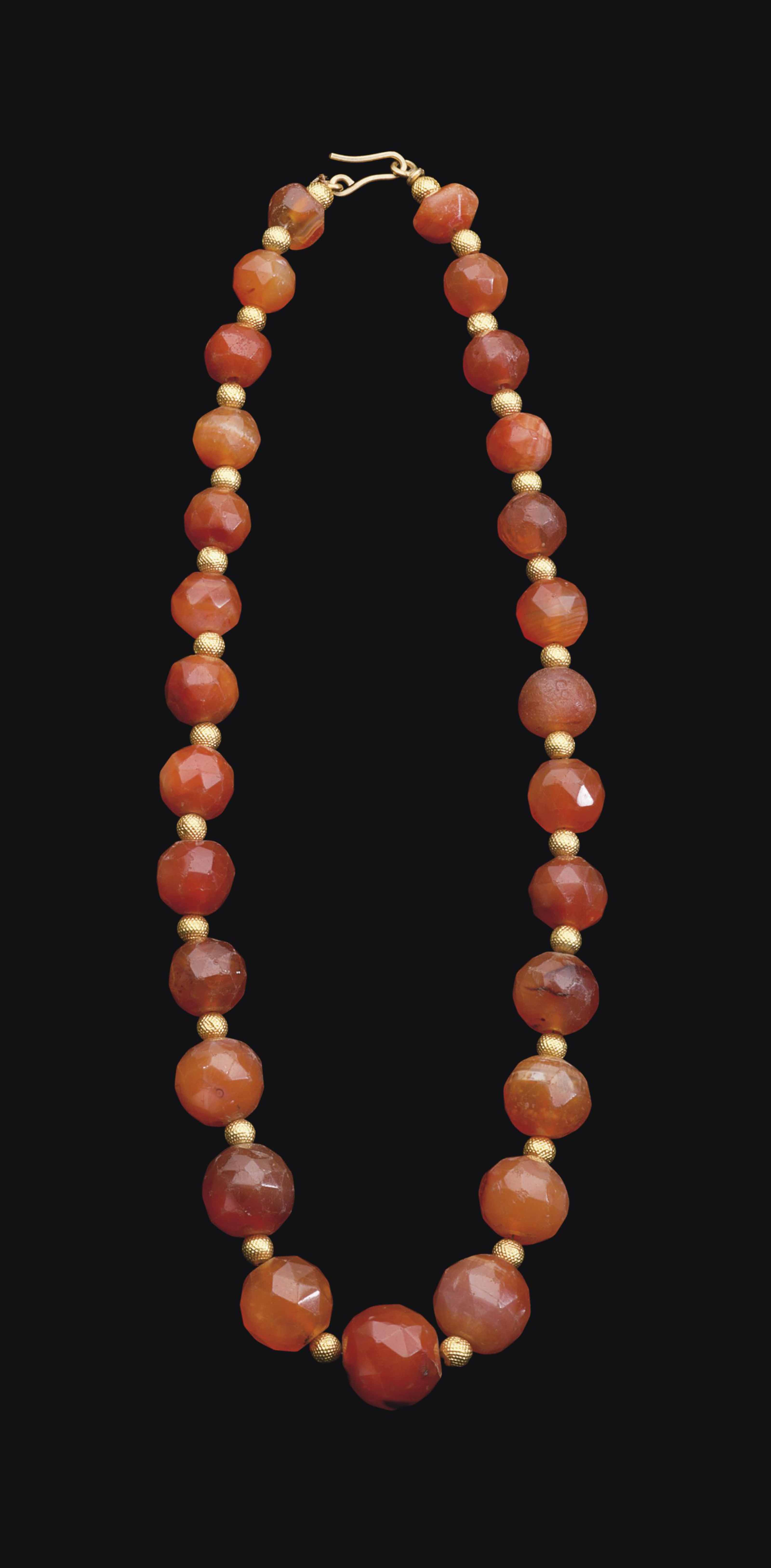 A WESTERN ASIATIC CARNELIAN BE