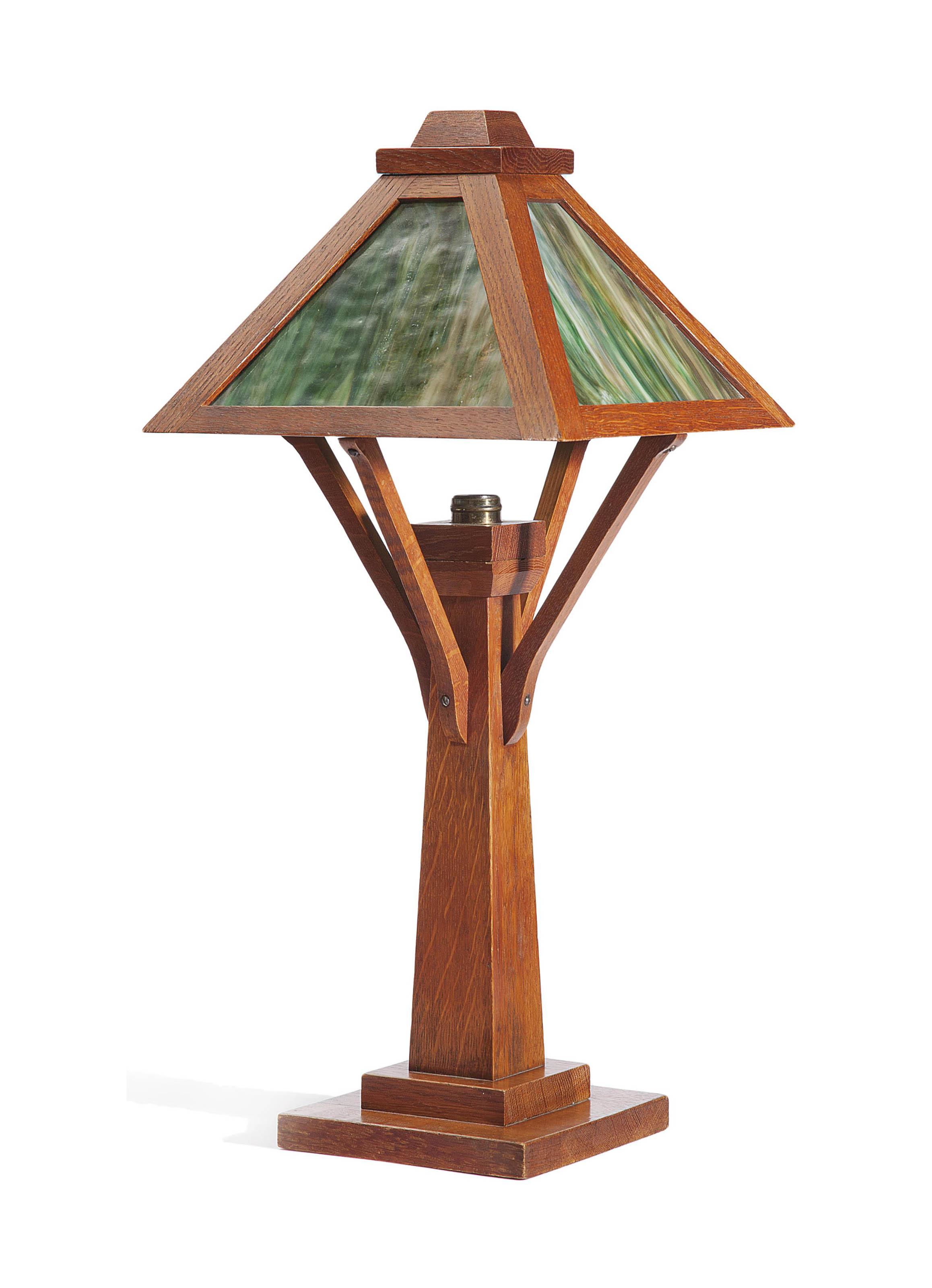 LAMPE DE TABLE ARTS & CRAFTS