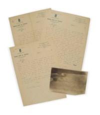 """SAINT-EXUPÉRY, Antoine de. Lettre autographe signée """"Antoine"""", adressée à Lucie-Marie Decour. [Toulouse, sans date, entre décembre 1926 et février 1927.] 5 pages sur 3 feuillets in-4 (275 x 205 mm) à en-tête des """"Grands cafés de Toulouse"""". Encre sur papier. (Traces de pliure.) Provenance: Lucie-Marie Decour et par descendance au propriétaire actuel."""