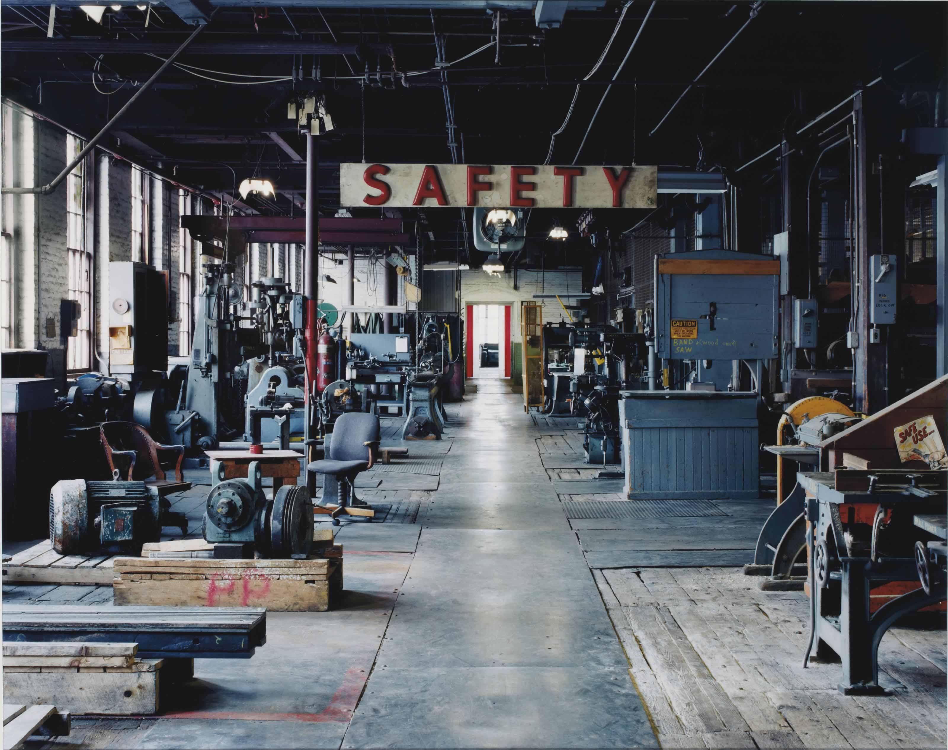 Sans titre (safety), Holyoke, MA, 2001
