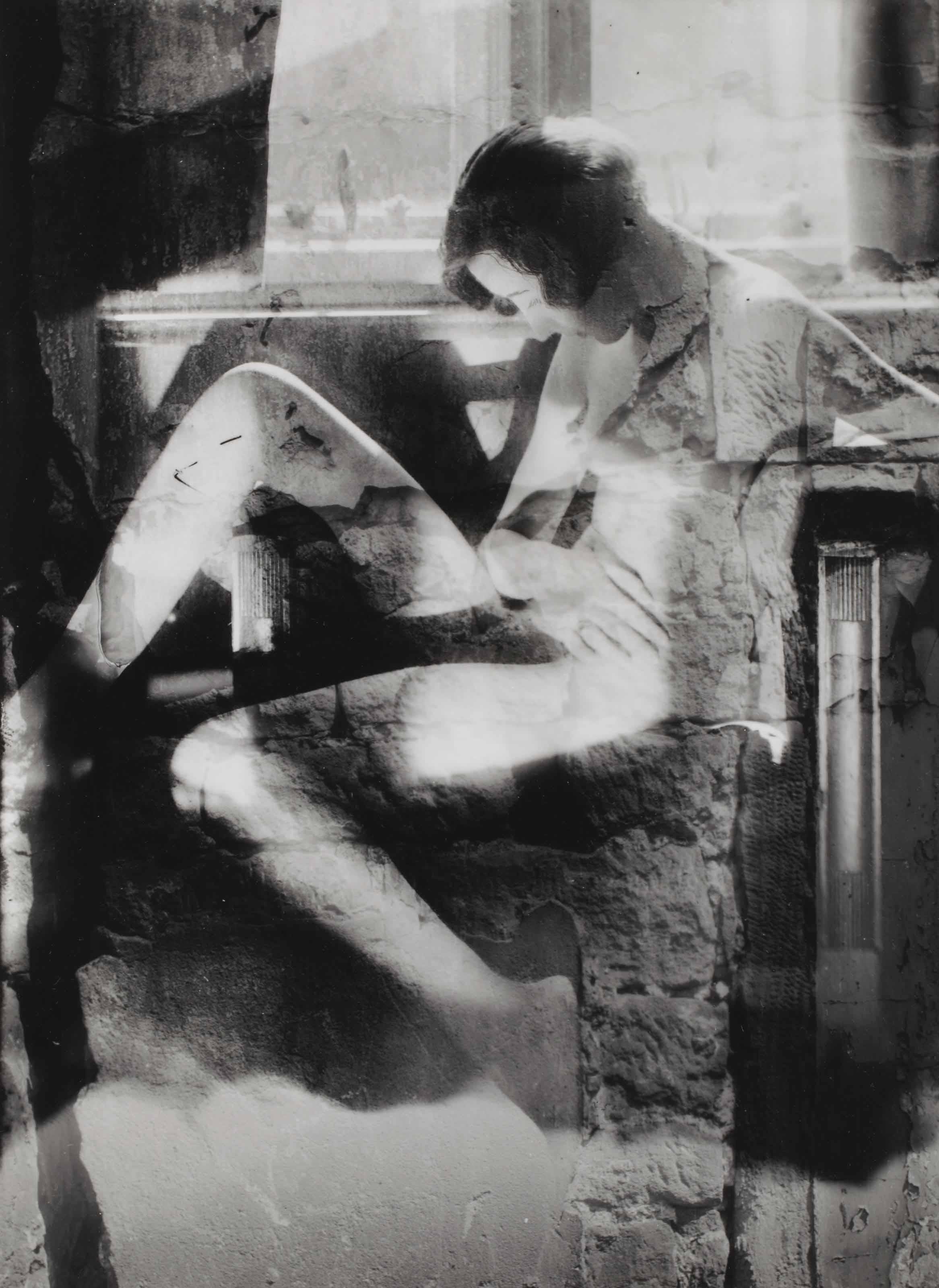 Sans titre (Akt in Gestein - Nu dans la roche), 1928-1932