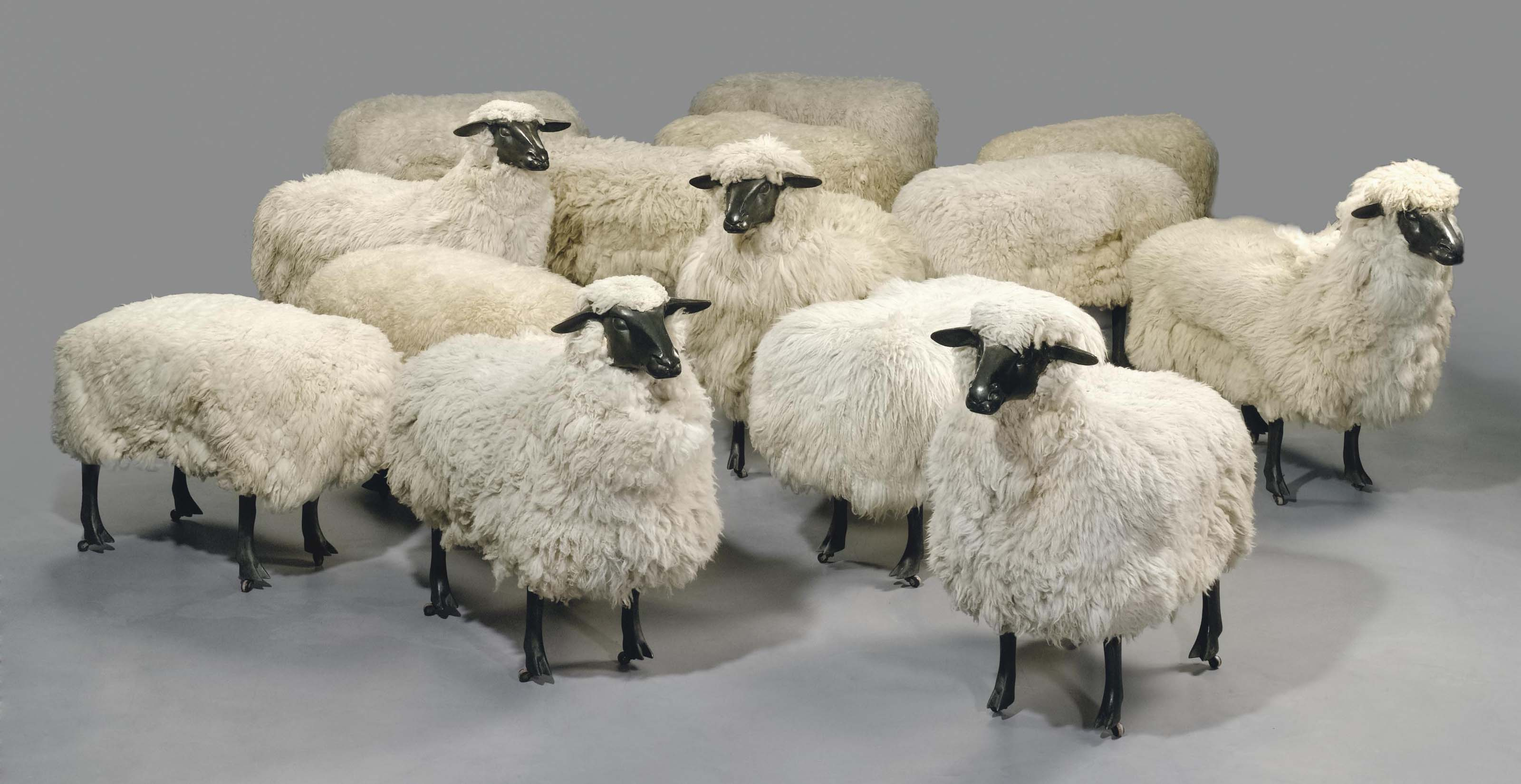 Moutons de laine (troupeau de cinq moutons et neuf ottomans)