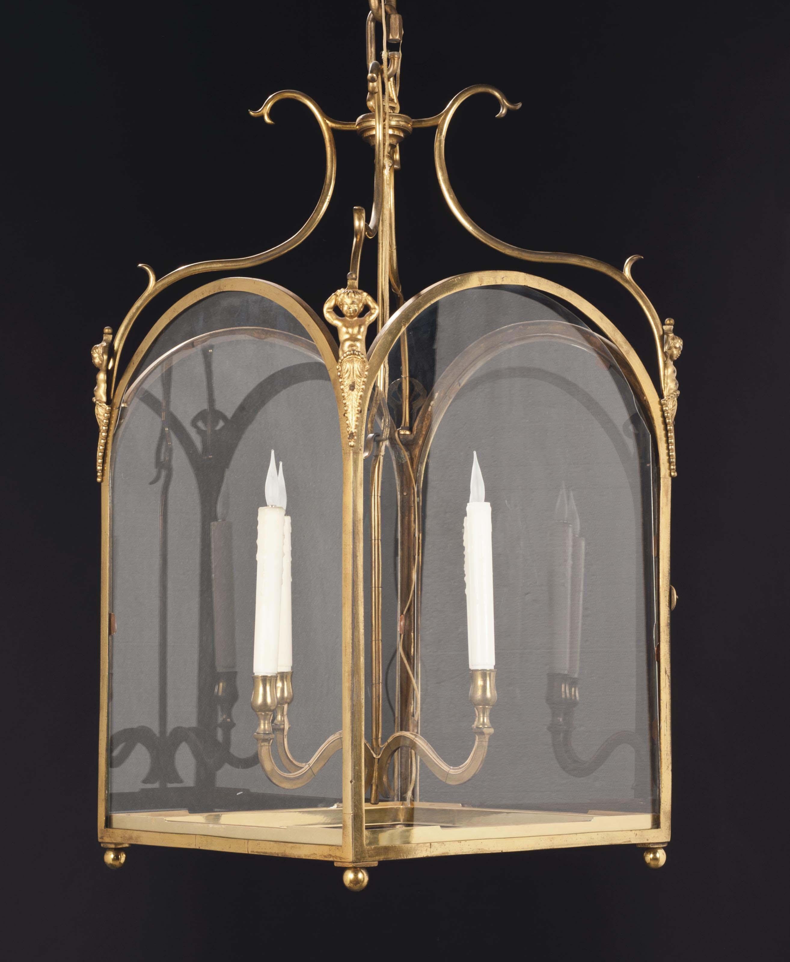 lanterne de style louis xv probablement du xxeme siecle. Black Bedroom Furniture Sets. Home Design Ideas