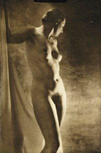 Nu, vers 1920