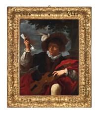 Giovane con violino su sfondo di paesaggio