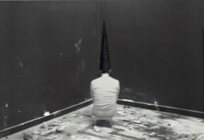 Santiago Sierra (b. 1966)