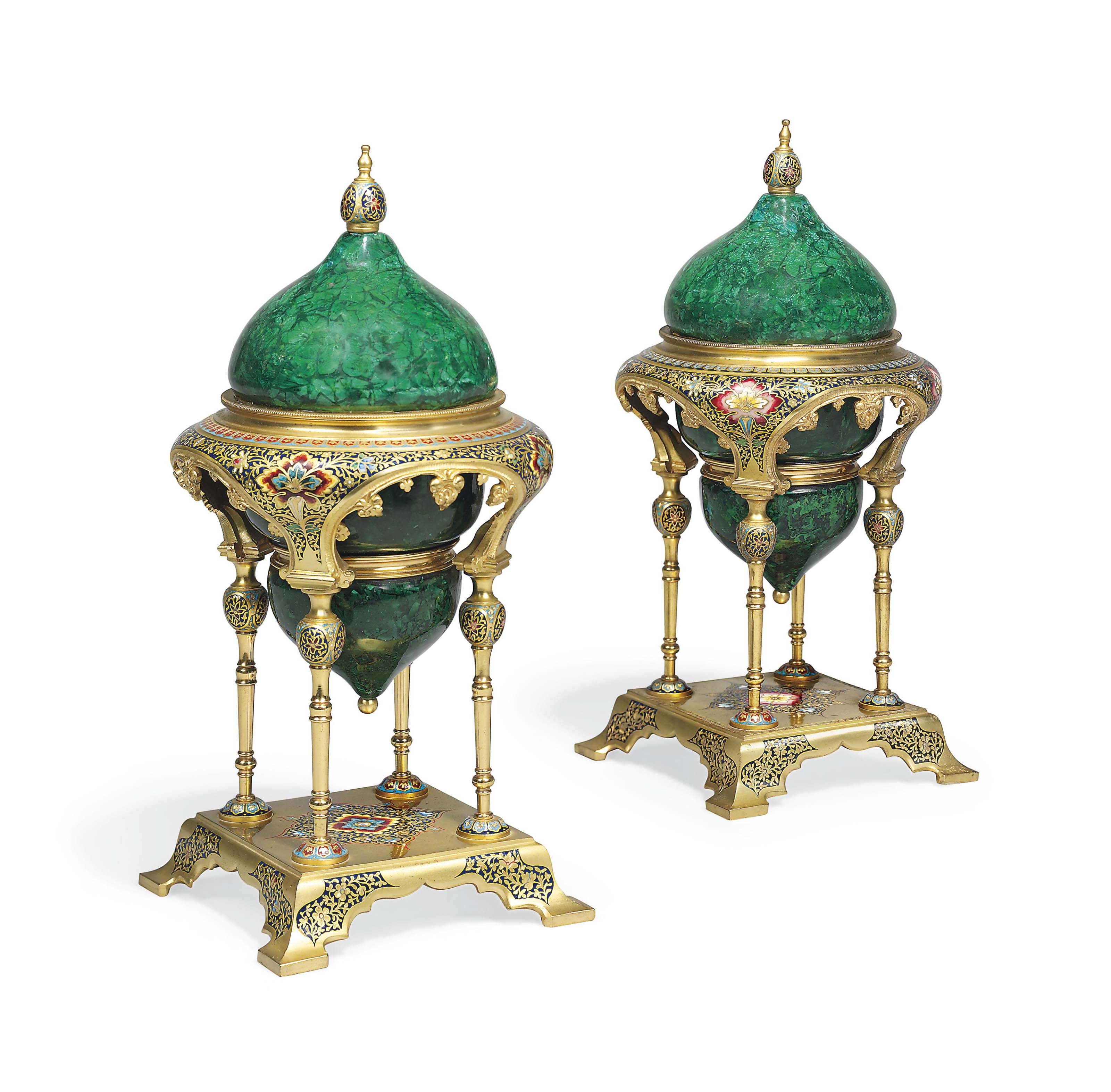 A PAIR OF FRENCH ORMOLU, CHAMP