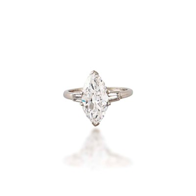 A SINGLE-STONE DIAMOND RING, B