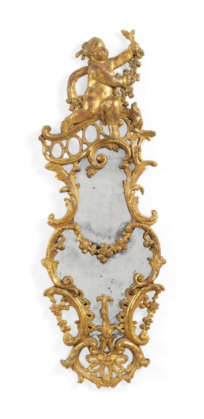 A GEORGE III GILT CARTON-PIERR