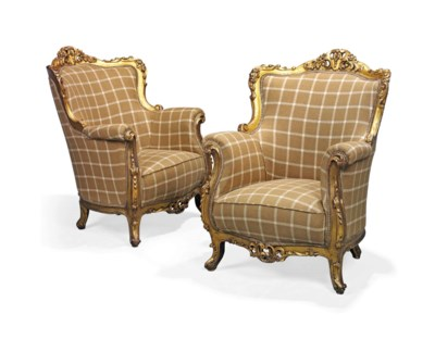 A LARGE PAIR OF GILTWOOD ARMCH