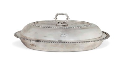 A GEORGE IV SILVER OVAL ENTREE