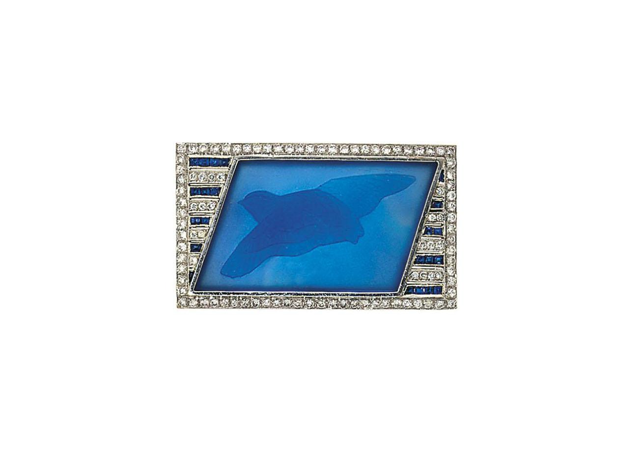 A glass, sapphire and diamond
