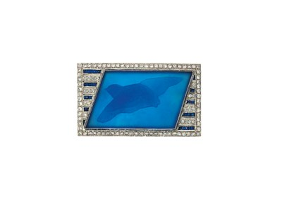A glass, sapphire and diamond