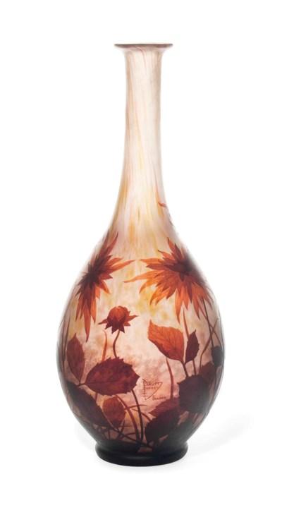 A LARGE DAUM CAMEO GLASS VASE