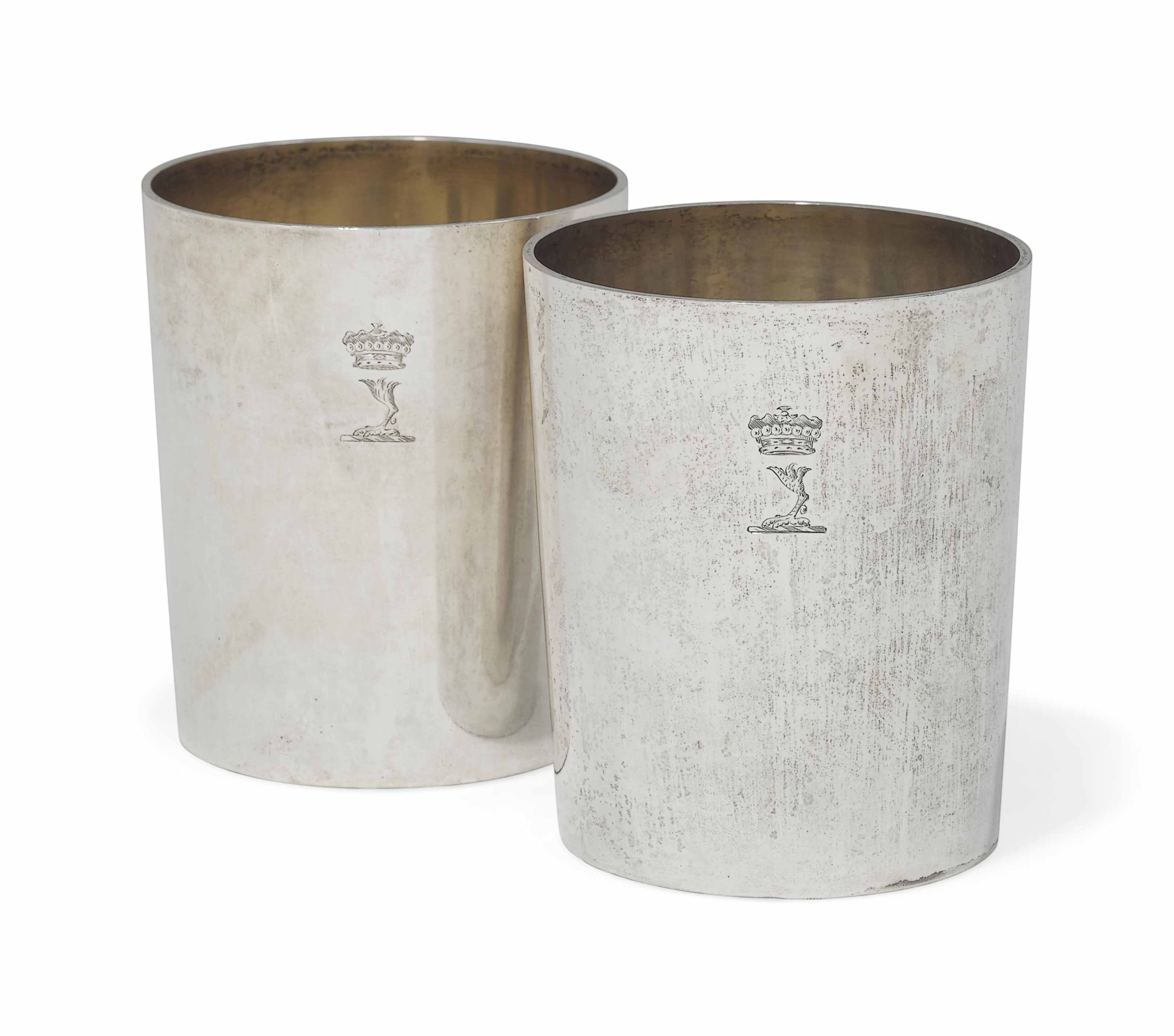 A PAIR OF EARLY VICTORIAN SILVER BEAKERS