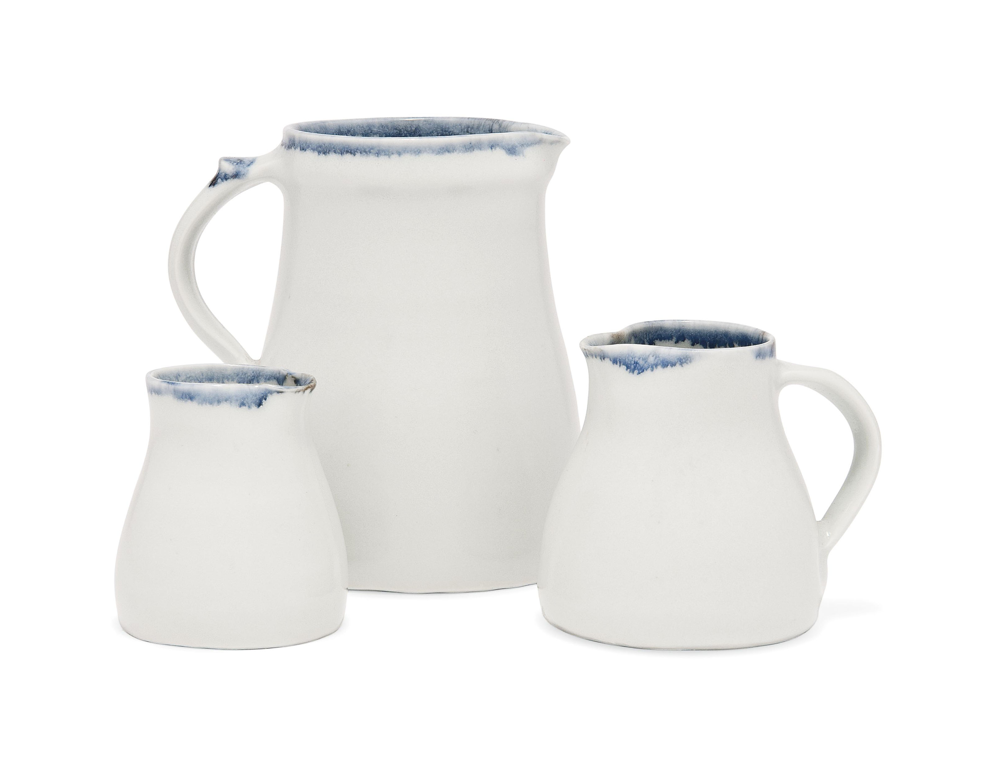A SET OF THREE EDMUND DE WAAL (B. 1964) GLAZED PORCELAIN JUGS